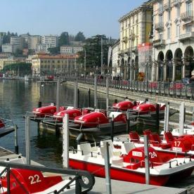 Ferrari-red paddleboats along the Lake