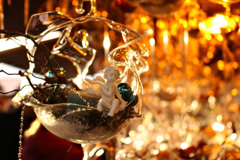 Montreux-Christmas-Market-Creative-Living-Geneva-840x560
