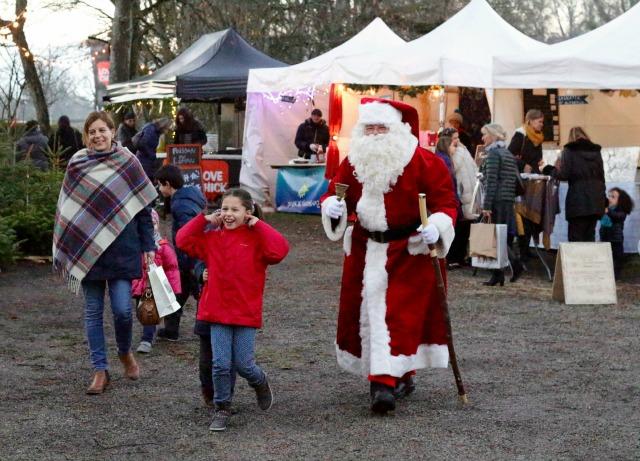 Santa-Coppet-Market-on-creative-living-geneva