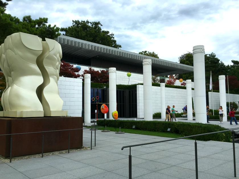 Olympic-Museum-Lausanne-Entrance