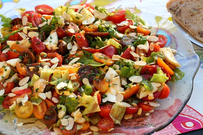 seasonal tomato salad